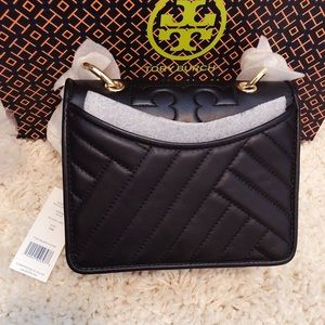 Tory Burch shoulder bag brand new with tag